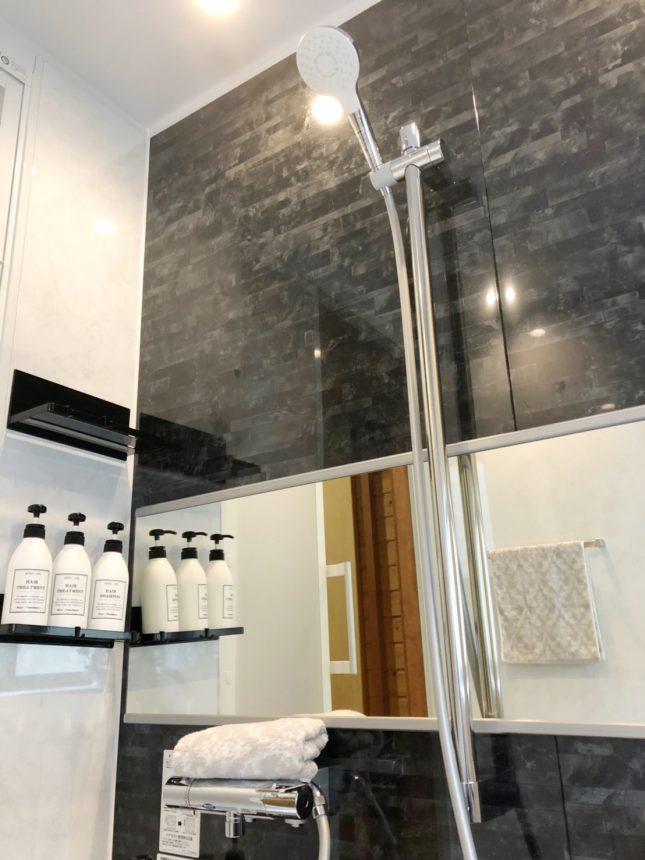 モダンでスタイリッシュな空間でゆったりリラックスできるお風呂