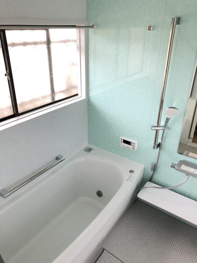 TOTOサザナ 新色カラーのティンバーグリーン 浴室リフォーム