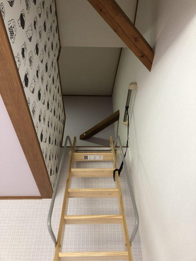 サンゲツ:FE6402 子供部屋クロス フクロウ柄