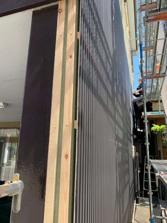 ガルバニウム鋼板 外壁工事 板金工事