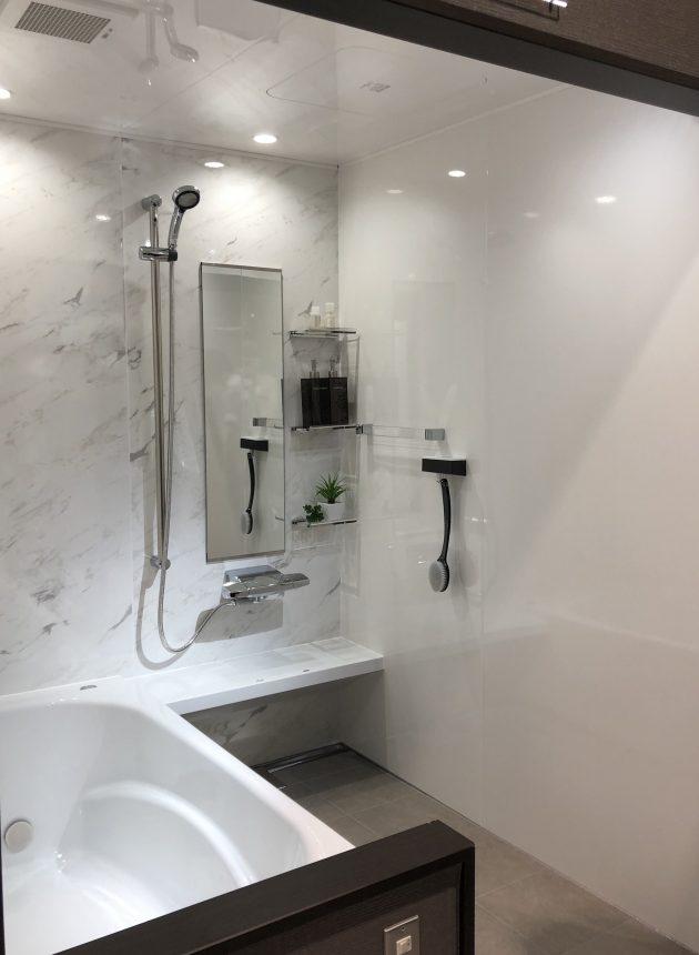 鋳物ホーロー浴槽 プレデンシア タカラスタンダード